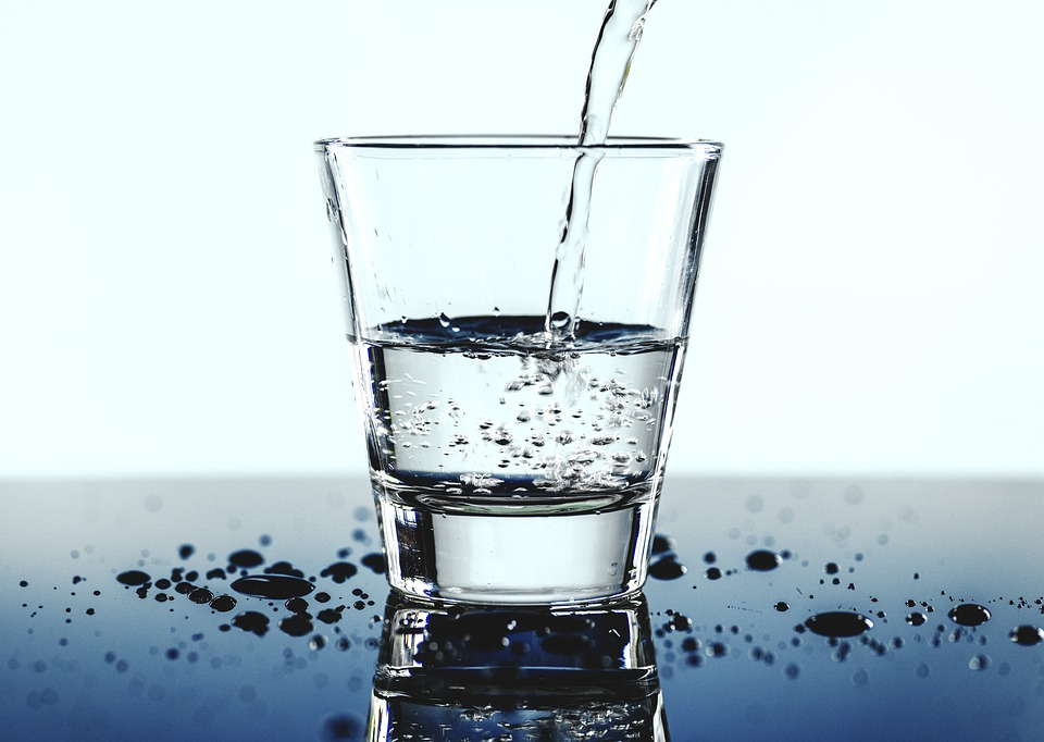 Täglich ein Glas Wasser